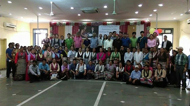 Friends of Tibet Members and supporters with Tibetan Sweater Sellers Association, Mumbai during the Human Rights Day observance on December 10, 2014 at Sharada Bhavan, Dadar, Mumbai.